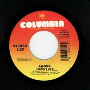 Anouk-Nobodys-Wife_2ndLiveRecords
